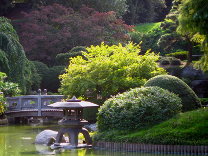 Japanese Garden at Brooklyn Botanic Garden © Lia Chang