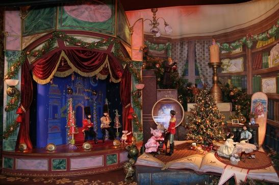 Lord & Taylor Christmas Windows © Lia Chang/Lord & Taylor