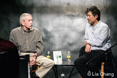 Edward Albee in conversation with Yellow Face playwright David Henry Hwang at The Drama Book Shop on December 10, 2009. © Lia Chang