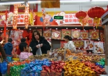 Faith and Donna in a Chinese store in Wo Ai Ni Mommy