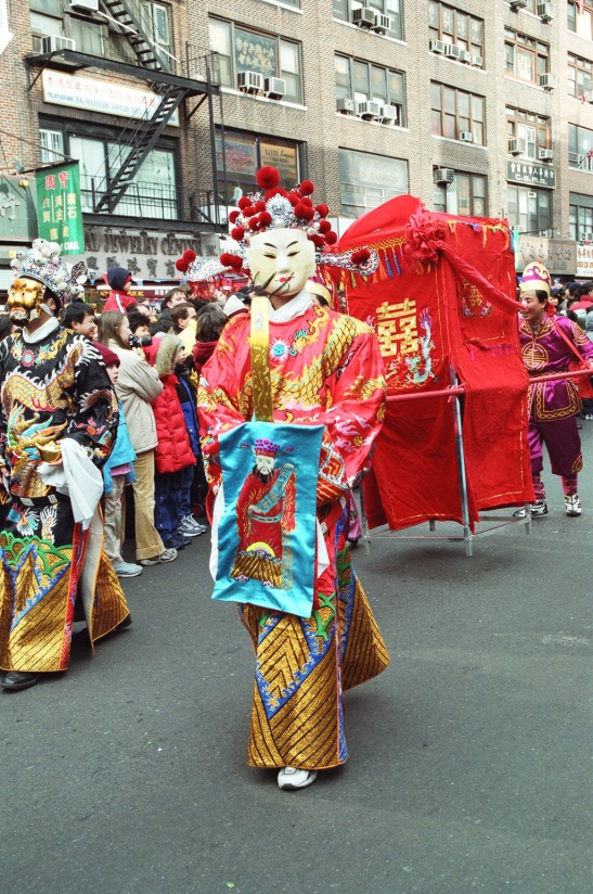 Peking Opera Performer, New York Chinatown, 2002. (Lia Chang)