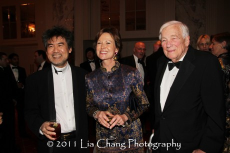 Asia Society Cultural Achievement Award winner David Henry Hwang, journalist Kati Marton, widow of former Asia Society Chairman Richard Holbrooke, and Former U.S. Deputy Secretary of State John C. Whitehead. (Lia Chang)