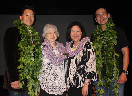 Daniel Dae Kim and Joel de la Fuente with Esther (Tosh) Furugori, Gordon Hirabayashi's sister, and Irene Hirano Inouye, wife of the late Senator Daniel K. Inouye from Hawaii, to whom the production was dedicated.
