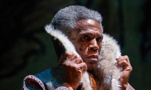 André de Shields (Akela) in Tony Award winner Mary Zimmerman's new musical adaption of The Jungle Book. Photo by Liz Lauren