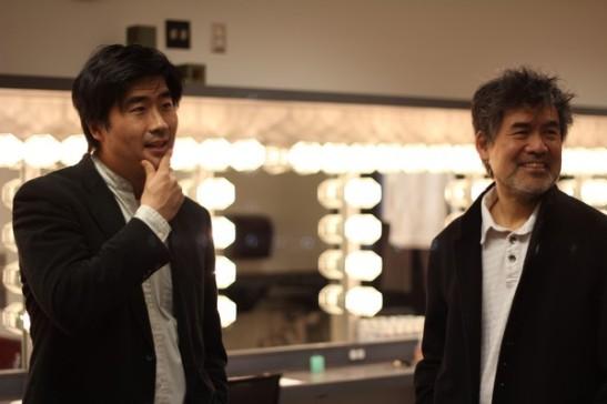 Ryun Yu as the fictional DHH (left) and David Henry Hwang aka the real DHH. Photo credit: Ozum Bobaroglu