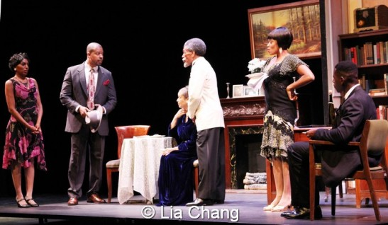 (L-R) Erin Cherry (Yolande Du Bois), Morocco Omari (Jimmy Lunceford), Marie Thomas (Nina Du Bois), André De Shields (W.E.B. Du Bois), and Sean Phillips (Countee Cullen) in Charles Smith's Knock Me a Kiss, directed by Chuck Smith. © Lia Chang