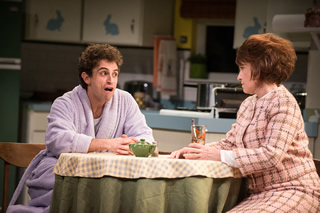 Brandon Uranowitz as Arnold and Gordana Rashovich as Ma (Photo: Teddy Wolff)