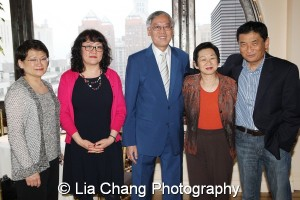 (L-R) Sue Van, President of Wallace H. Coulter Foundation; Betty Schaefer, Jo Ann Yoo, AANFY Interim Executive Director, Cao K. O; Sue Van, President of Wallace H. Coulter Foundation; and Bill Imada, Chairman of IW Group. Photo by Lia Chang