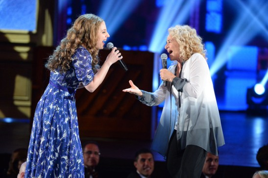 Actress Jessie Mueller (L) and singer Carole King perform onstage during the 68th Annual Tony Awards at Radio City Music Hall on June 8, 2014 in New York City. (Photo by Theo Wargo/Getty Images for Tony Awards Productions)