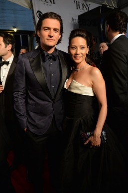 Actors Orlando Bloom and Lucy Liu attend the 68th Annual Tony Awards at Radio City Music Hall on June 8, 2014 in New York City. (Photo by Mike Coppola/Getty Images for Tony Awards Productions)