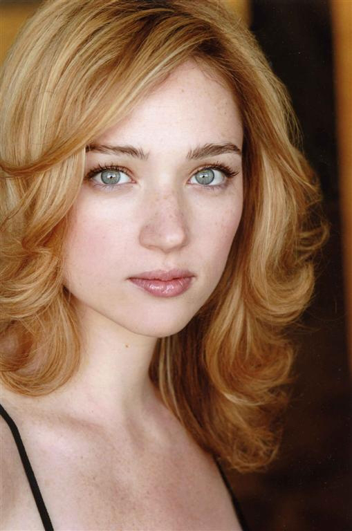 Kristen connolly house of cards 9