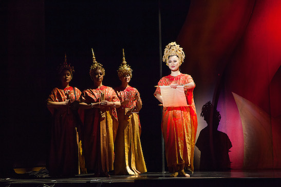 YoonJeong Seong and the cast of Dallas Summer Musicals New Production of Rodgers & Hammerstein's THE KING AND I. Photo by  Chris Waits