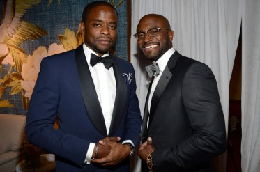NEW YORK, NY - JUNE 07: Dule Hill and Taye Diggs attend the 2015 Tony Awards at Radio City Music Hall on June 7, 2015 in New York City. (Photo by Kevin Mazur/Getty Images for Tony Awards Productions)