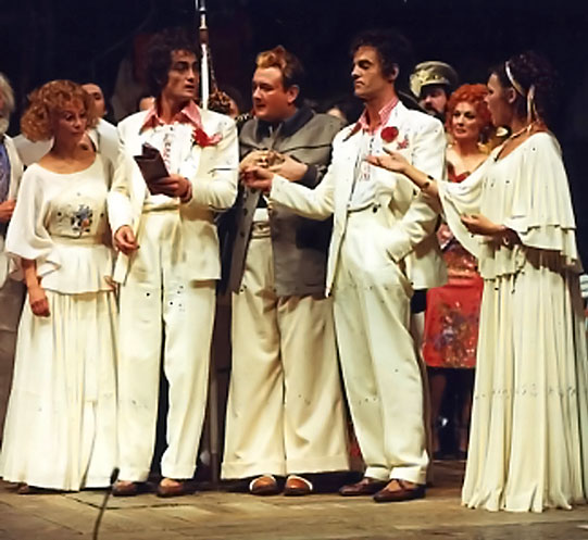 (left to right): Luciana (Francesca Annis), Antipholus of Syracuse (Roger Rees), Officer (Richard Griffiths), Antipholus of Ephesus (Mike Gwilym) and Adriana (Judi Dench) in RSC's 1976 production of The Comedy of Errors, directed by Trevor Nunn.<br /> Photo: Joe Cocks Collection © Shakespeare Birthplace Trust