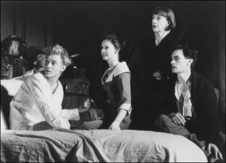 Jude Law, Cynthia Nixon, Eileen Atkins and Roger Rees in Broadway's Indiscretions, 1995 Photo by Joan Marcus