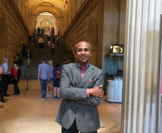 The Met's Chief Digital Officer Sree Sreenivasan at The Metropolitan Museum of Art. Photo by Lia Chang #emptymet