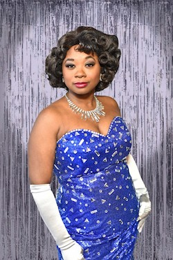Donica Lynn as Effie Melody White in 'Dreamgirls'.