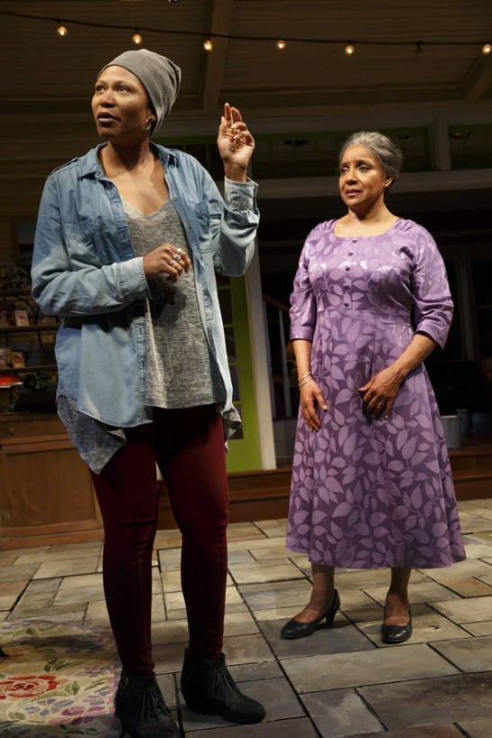 Alana Arenas and Phylicia Rashad in HEAD OF PASSES. Photo by Joan Marcus