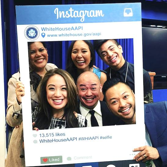 Broadway Barkada members Liz Casasola, Emily Borromeo, Jon Viktor Corpuz, Jaygee Macapugay, Brian Jose and Billy Bustmante in their White House Selfie. Photo: Facebook